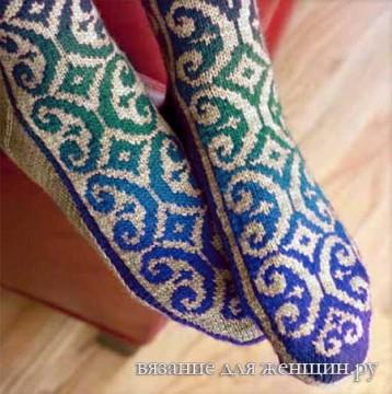 Носки жаккардовым узором